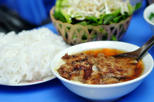 Bun Cha (Vermicelli with Roasted Porked)